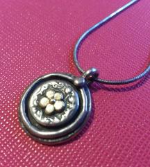 Izraeli ezüst alapon aranyozott virág lánc