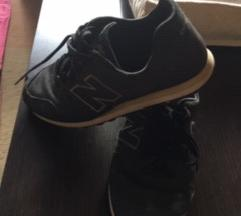 Newbalance kényelmes cipő eladó!