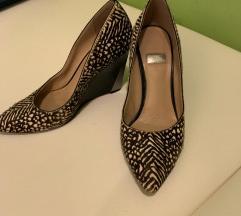 guess állat mintás  cipő szőr 36