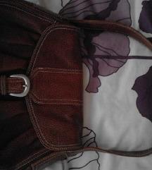 hibátlan barna bőr táska