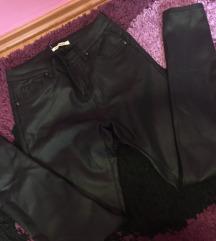 Fekete bőr nadrág