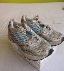 Ezüst-kék színű, eredeti Adidas sportcipő