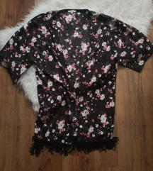 Virágos kimonó
