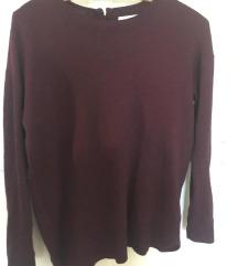 Bordó , bővebb stílusú pulóver