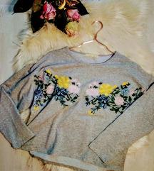 Hímzett rövid állású pamut pulóver S/M