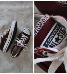 Converse bordó alacsony szárú tornacipő