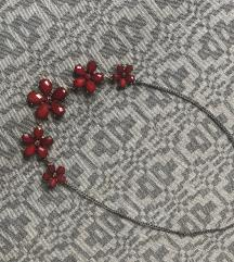 Virágos nyaklánc