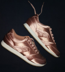 Új, címkés 39-es H&M rózsaszín szatén cipő