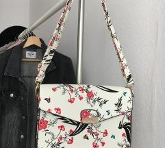 Gyönyörű mintás táska