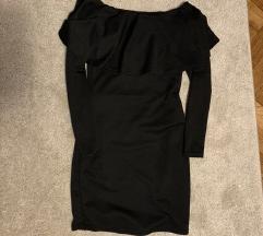 Fekete ejtett vállú ruha