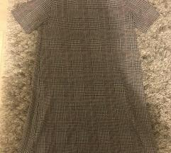 Szürke galléros ruha