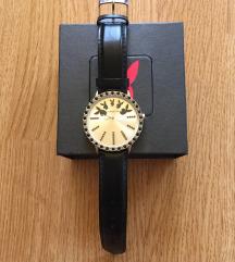 PLAYBOY fekete bőr óra