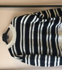 kötött csíkos pulóver