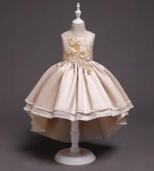 2020 -Gyönyörű koszorúslány ruhák