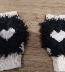 F&F fekete- fehér ujjatlan/ ujj nélküli kesztyű