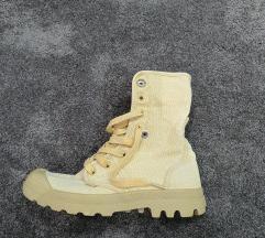 Palladium cipő