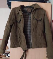 Khaki zöld színű kabát