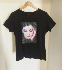 Fekete mintás póló