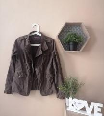 Barna kabátka, dzseki