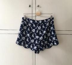 Virágos short
