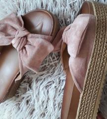 Púder masnis papucs