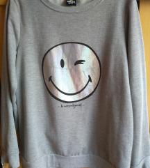 Smiley world pulcsi