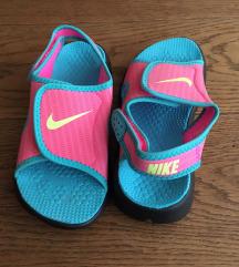 ÚJ Nike gyerek szandál