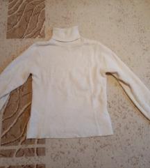 Fehér garbós pulóverek