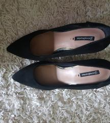 Stradivarius magassarkú cipő 38