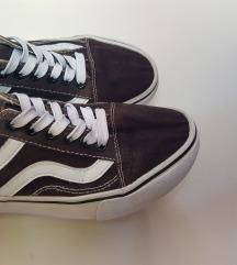 Vty cipő