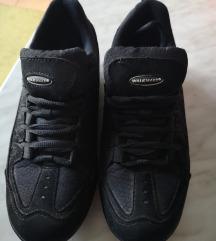 Vastagtalpú cipő