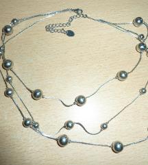 Ezüst színű bogyós nyaklánc