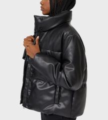 Stradivarius téli kabát.
