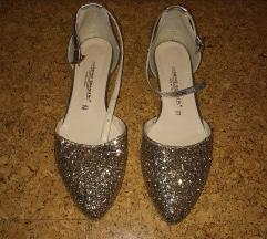 Csillogós topánka