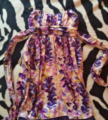 Női virágmintás ruha