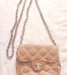 Chanel táska