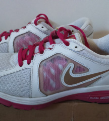 NIKE Dual Fusion női futó cipő