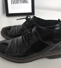 Fényes cipő