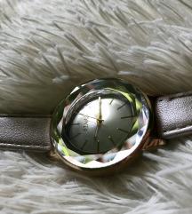 Gyémántos karóra