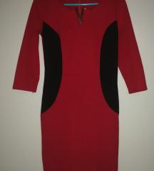Piros-fekete ruha
