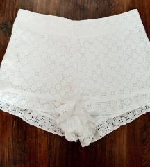 ÚJ fehér csipke short S méret