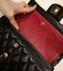 ELADVA!!Chanel Authentic Bag