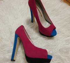 Pink-kék magassarkú