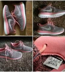 Nike Roshe Two Flyknit (37.5)