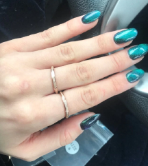 Vadiúj csillogó gyűrű