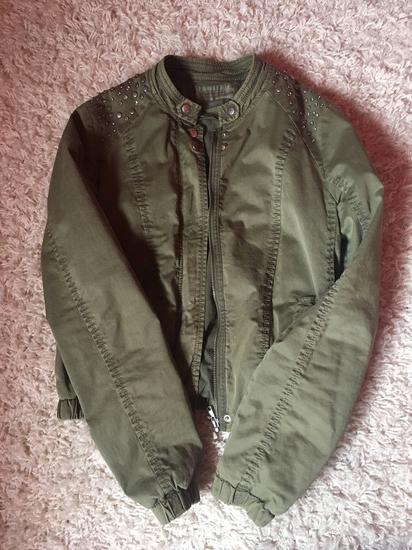Bershka khaki színű rövid ce553c8180