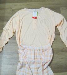 Vadiúj, címkés pizsama