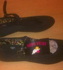 Új 37 es fekete színű pántos vászon textil cipő
