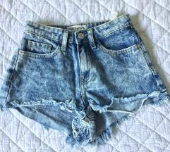 rövid nadrág