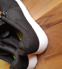 Fèrfi cipő